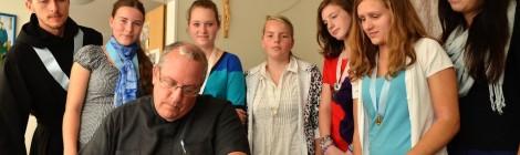 Návštěva generálního otce Gregory Gay